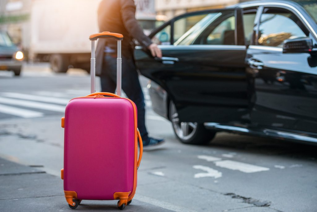 How to Choose an Airport Car Service for Your Business Trip